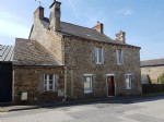 Pretty 4 Bed Stone House On Edge of Popular Village