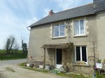 Broons area, easy access rn12: set of house and barn with nice country views