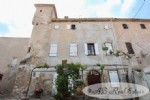 Medieval style house 13th century. Sh 399 m² on three levels, 3 bedrooms, high ceiling rooms and