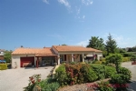 Tillou (79) - Very well maintained bungalow built in 2000 offering spacious