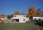 St Jean d'Angely (17) - Modern property on the edge of a historic town
