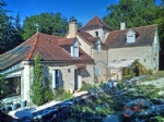 Nr Martel (Lot) - A wonderfully restored 5 bed house, in a rural position with no near neighbours