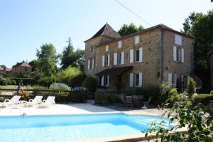 Near Gourdon (Lot) - Superb Maison de Maitre (3 beds) with a second 3 bed house, plus 2 studios