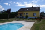 House with swimming pool for sale in Burgundy