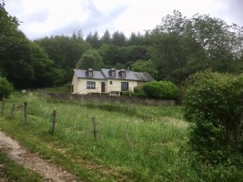 House with view on 2,2 ha for sale in Burgundy, Nievre