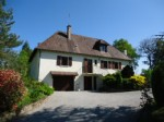 Large modern house set in well maintained gardens of 2 500m² (Approx ¾ acre)