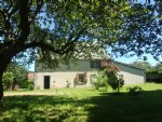 Beautiful house with barn in quiet hamlet