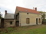 2 bedroom detached farmhouse with large barn and field