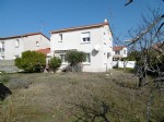 * Ceret centre property with garage, garden and views