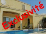 Villa with garage and swimming pool in a quiet area