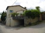 *Charmante maison, avec garage, jardin, vue, à quelques minutes à pied de Céret