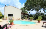 *Quiet villa with swimming pool without vis-à-vis
