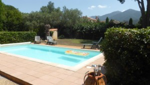 *Lovely, 5 bed, south facing villa, well situated with wonderful views and pool