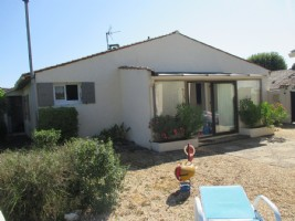 Sole agency!  Renovated house with separate gîte - ideal holiday home!