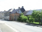 3 or 4 Bedroom Village House with Attached Garden, Garage and Workshop