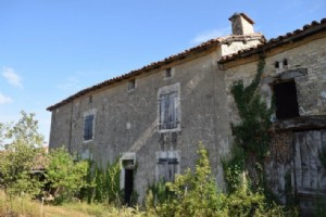 Old Farmhouse With A Lot Of Outbuildings To Renovate Completely