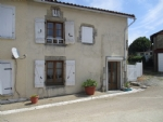 Renovated House With 2 Bedrooms And Small Garden. Near Champagne Mouton
