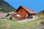 Family and individuel home for sale located in the centre of La Vernaz