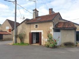 Habitable village house, renovation to finish