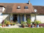 Adorable restored cottage with garage