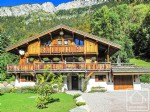 A beautiful chalet, built to the highest of standards and located in a quiet and sunny hamlet