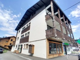 A storage premises of 26.43m2, situated in the centre of Les Carroz.