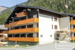 A spacious studio apartment in a sought after location, close to the lake of Chatel.