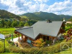 A high quality 4 bedroom, 2 bathroom chalet with vast double garage.
