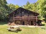 Traditional and historical chalet with independent apartment set on private grounds