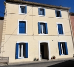 Renovated village house with 4 bedrooms, garage and shared courtyard, near the Canal du Midi.