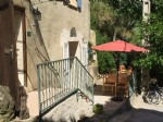Pretty village house with 120 m² of living space, 3 bedrooms and large terrace with open views.