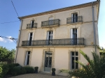 Superb Maison de Maitre with 235 m² of living space and attic to convert, on 1266 m² with pool.