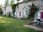 Stone house of 220 m² (5 bedrooms) and gite of 150 m² (5 bedrooms) on 3000 m² with paddock.