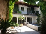 Exceptional maison de Maitre with annex, courtyard, pool and just steps away from the Marina.