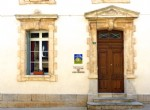 Exceptional renovated Maison de Maitre with courtyard and pool, B&B with good revenues.