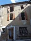 Renovated village house with 161 m² of living space with independent apartment.