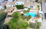 Character villa with 390 m² of living space including gite on 2600 m² with pool, spa and views.