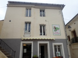 Bright village house with professional kitchen and possibility to create a gite.