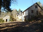 Bargin ! Amazing project, secluded 13 bedroomed over 4 houses to renovate, nice land, Private.