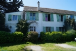 Very charming house just a short walk from the sea and all amenities.