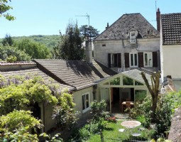 Charming house in the Vexin regional park by the banks of the Seine