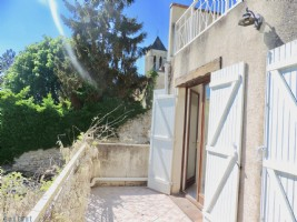 Charming house with excellent views, terrace and garden