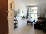 2 Bedroom apartment just 200 metres from the lake
