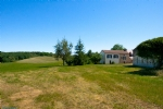 Farm in Dordogne with house and outbuildings on 7 hectares of pastures