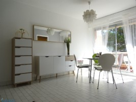 1 Bedroom apartment with terrace and parking space, 50 metres from the beach
