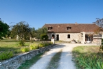 Beautiful renovated farmhouse on 2 hectares of land - Near Issigeac