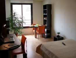 Real estate investment with annual rent of 4,319.21 and 4.50% profitability in Montreuil.