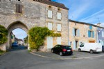 Monpazier - 3 bedrooms stone house with garage