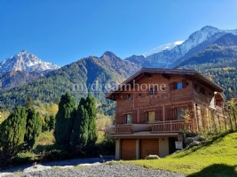 4 Bedroom Semi Detached Chalet Les Houches (74310) Chamonix Valley