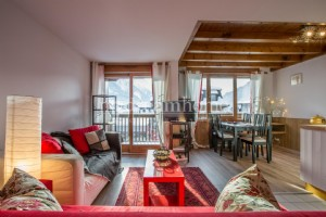 2 bedroom Duplex Apartment Chamonix Town Centre (74400)
